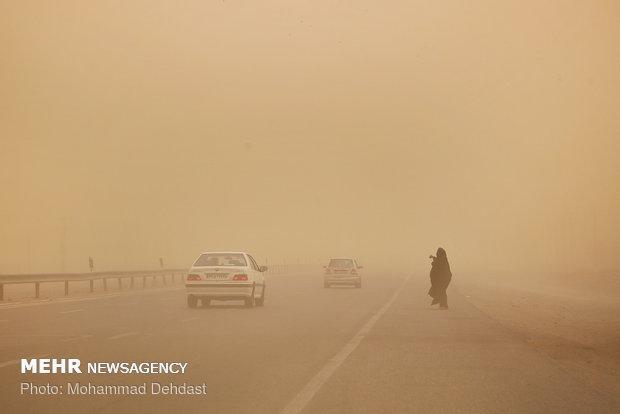 سرعت طوفان در زابل به 115 کیلومتر بر ساعت رسید