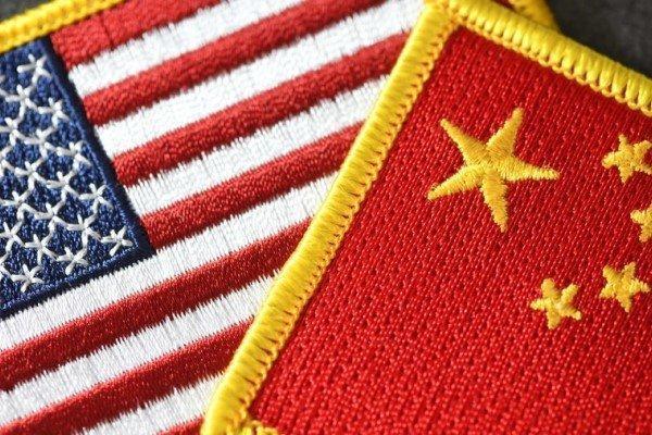 چین کشتی و هواپیما به دریای چین جنوبی اعزام کرد