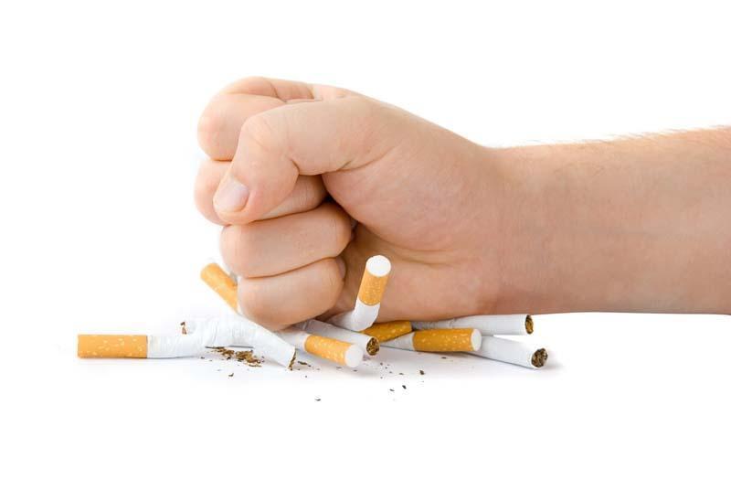 10 بلایی که سیگار و قلیان بر سر پوست، زیبایی و اندام های بدن می آورد؛ پیپ بکشیم؟