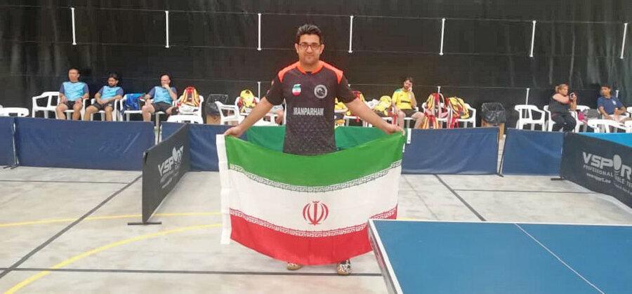 مدال طلای مسابقات تنیس روی میز کارگران جهان به ایران رسید