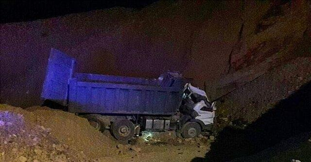 سقوط آزاد کامیون به گودالی در بزرگراه بابایی