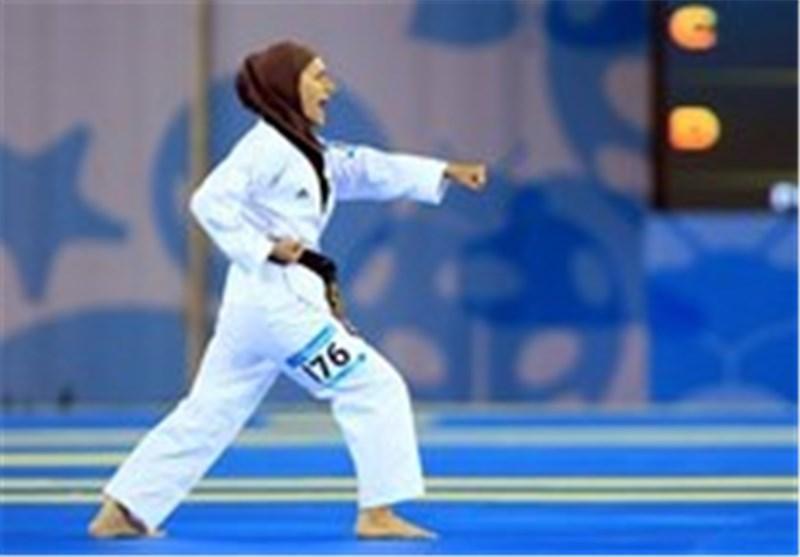 بانوی مدال آور رفسنجانی از مسابقات کاراته اندونزی بازگشت