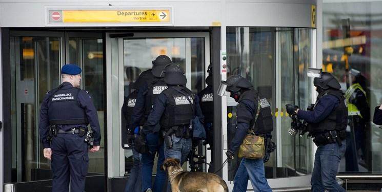 گاردین: هشدار هواپیماربایی در فرودگاه آمستردام اشتباهی بود