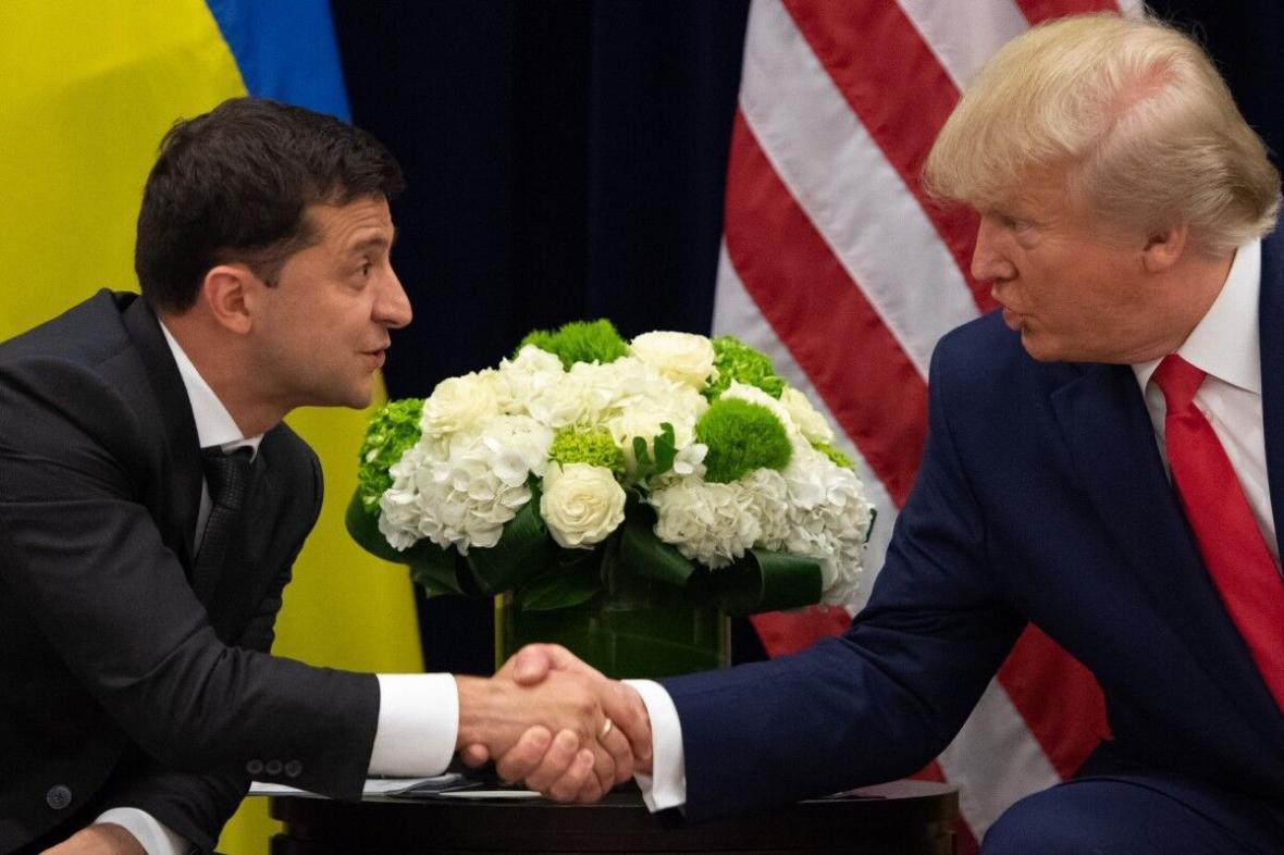 ترامپ متن مکالمه اولش با رئیس جمهوری اوکراین را منتشر می کند