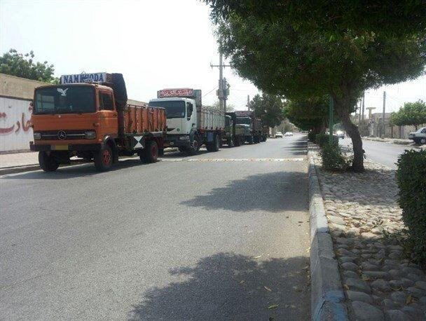 پارک خودروهای سنگین در معابر شهر ساوه ممنوع شد