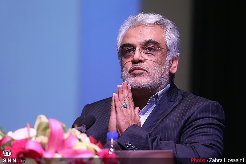 طهرانچی: دانشگاه آزاد به دنبال ترمیم ارتباط قطع شده بین اقتصاد و دانشگاه است