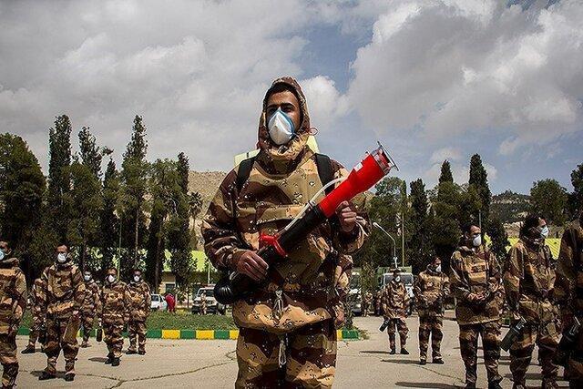 رژه خدمت یگان های منتخب ارتش شروع شد
