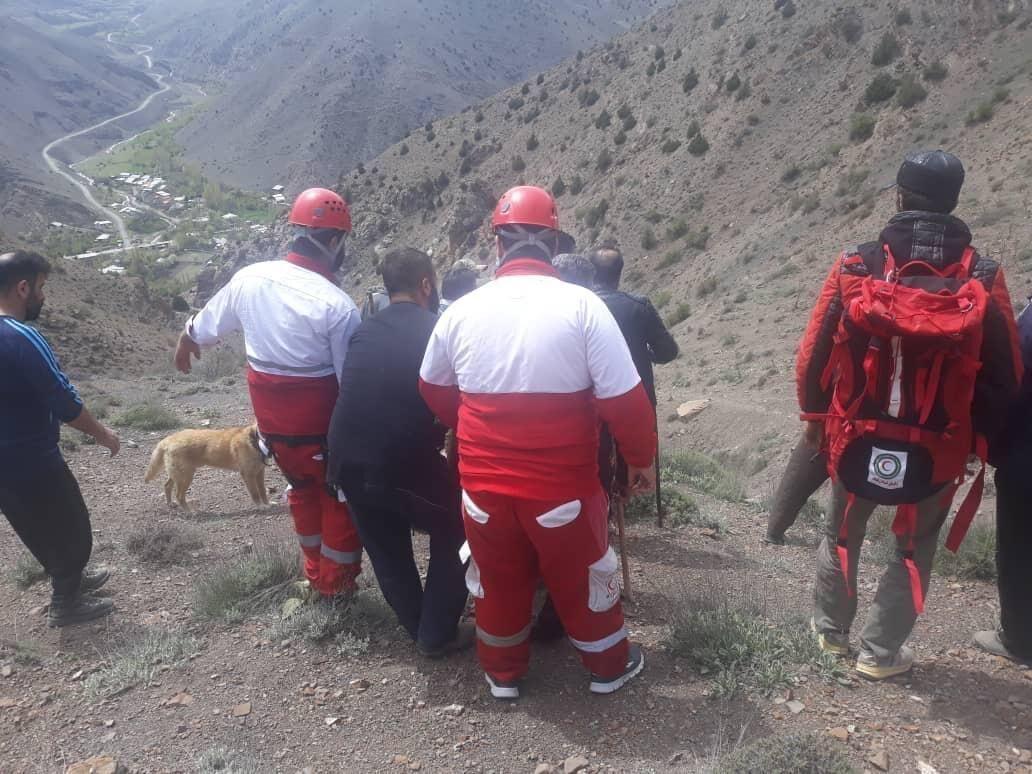 خبرنگاران مرد 55 ساله به هنگام چیدن قارچ در ارتفاعات شهرستان نور درگذشت