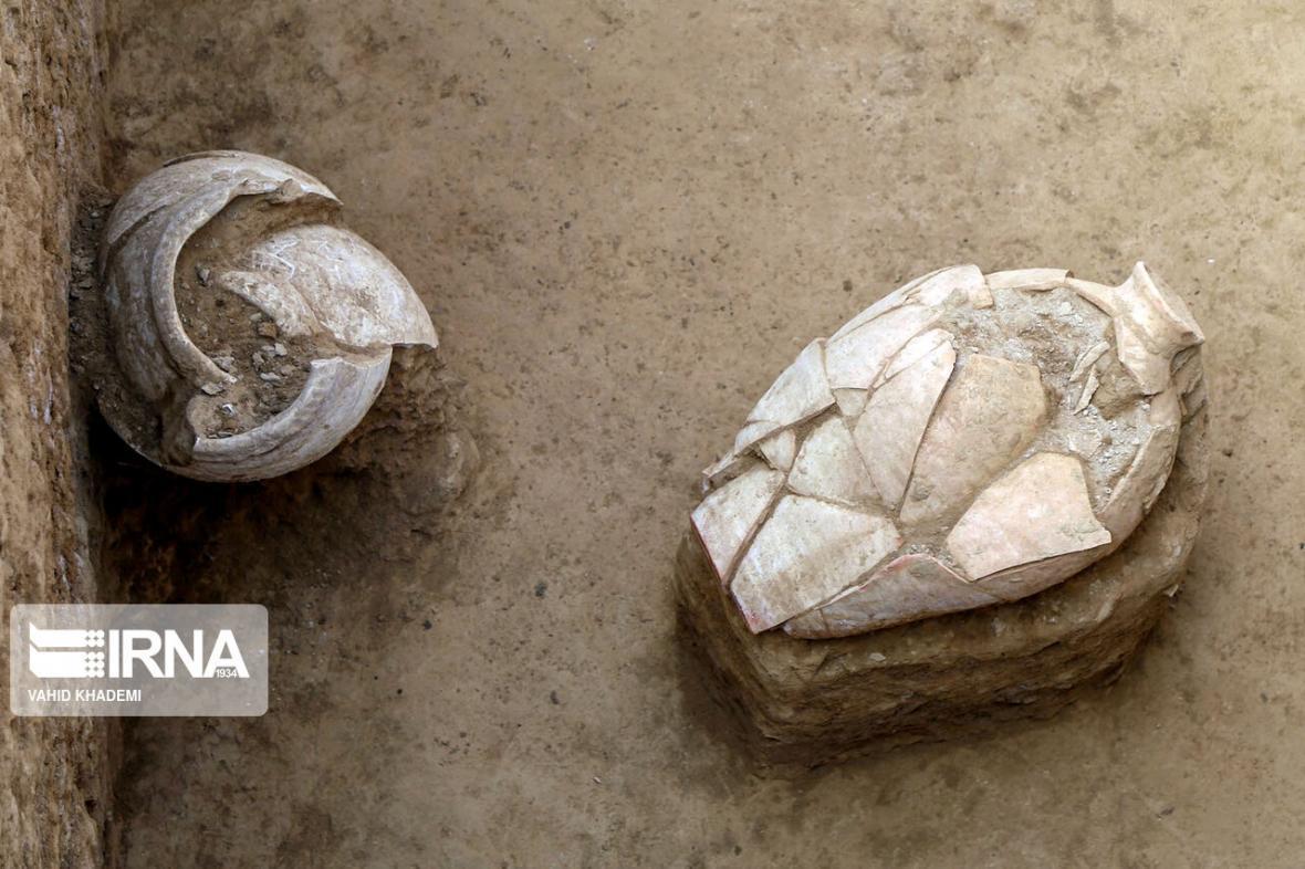 خبرنگاران کرونا و رونق بازار خرید و فروش آنلاین آثار باستانی