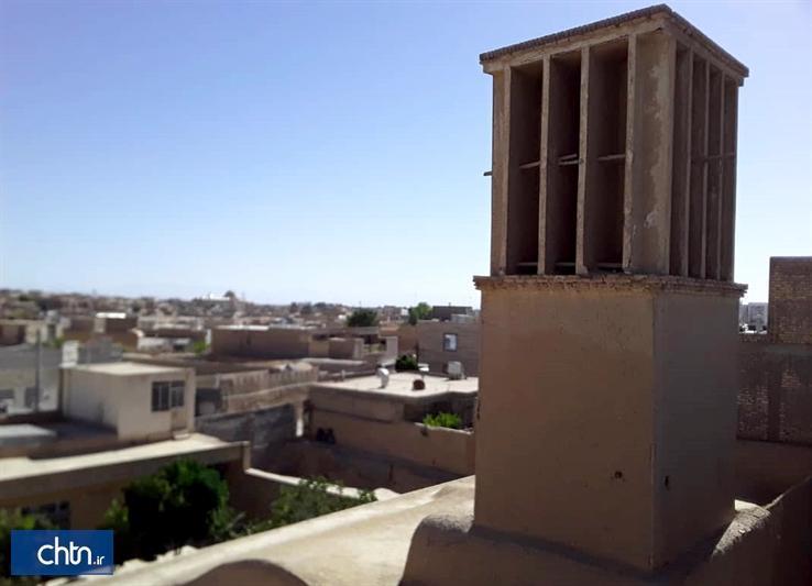خانه قاجاری عظیمی ابرکوه بازسازی می گردد