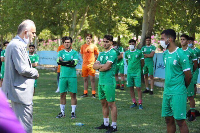 خبرنگاران مربی تیم فوتبال جوانان: هنوز به سطح مطلوب نرسیدیم