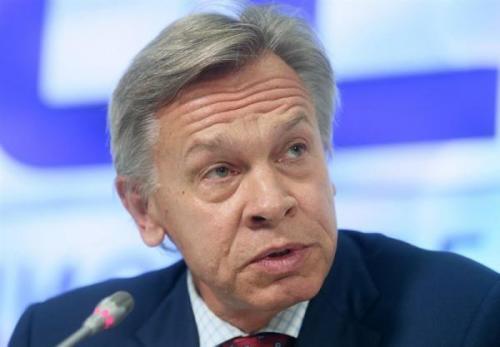 سناتور روس: سیاست بایدن روابط روسیه و آمریکا را به جنگ سرد می کشاند