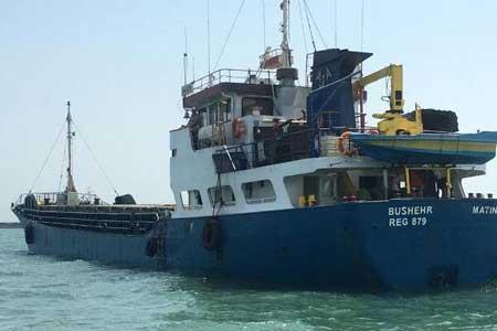 نجات جان 7 سرنشین شناور مغروقه خارج از آب های حاکمیتی
