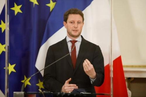 فرانسه میخواهد زبان انگلیسی را از نشست های اتحادیه اروپا حذف کند